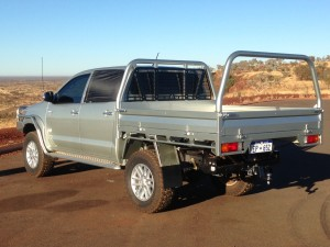 Silver_Hilux_dual_cab_MCT_tray