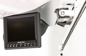 Reverse-Camera-&-5-Inch-Monitor-4