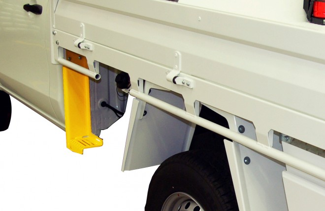 MCT Boot Scraper & Tray Step