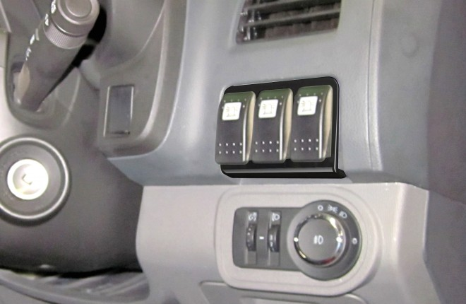Holden Colorado 2012+ & 2017+ 3 Switch Panel